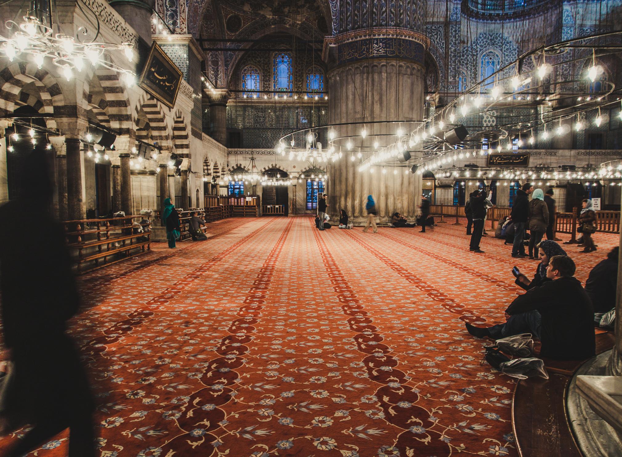 Blick in die Sultan-Ahmed-Moschee