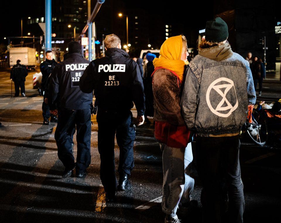 Extinction Rebellion berlinblockieren XRBerlin